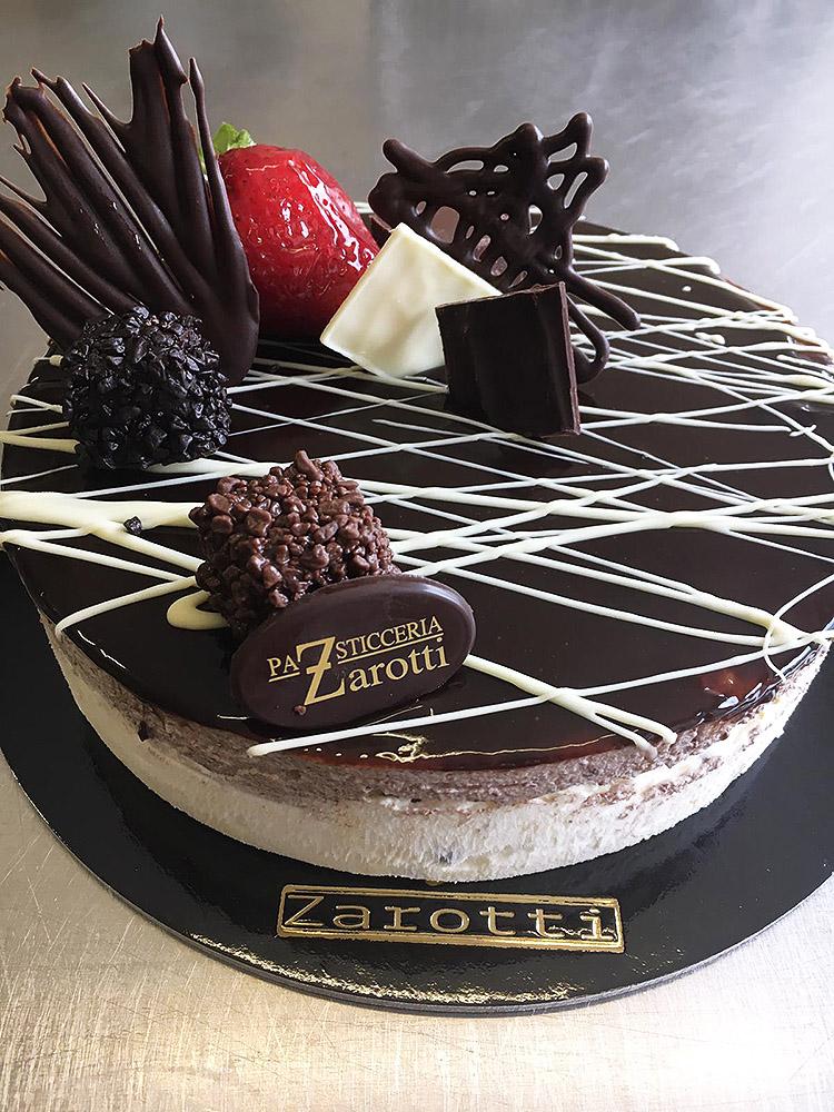 Torta al cioccolato cake design